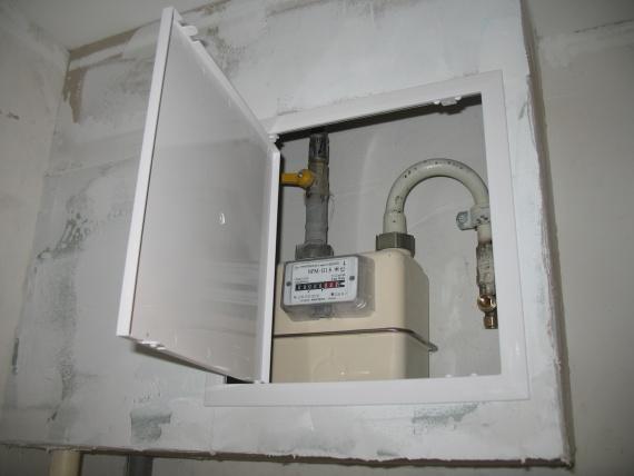 газовый счетчик в гипсокартоновом коробе